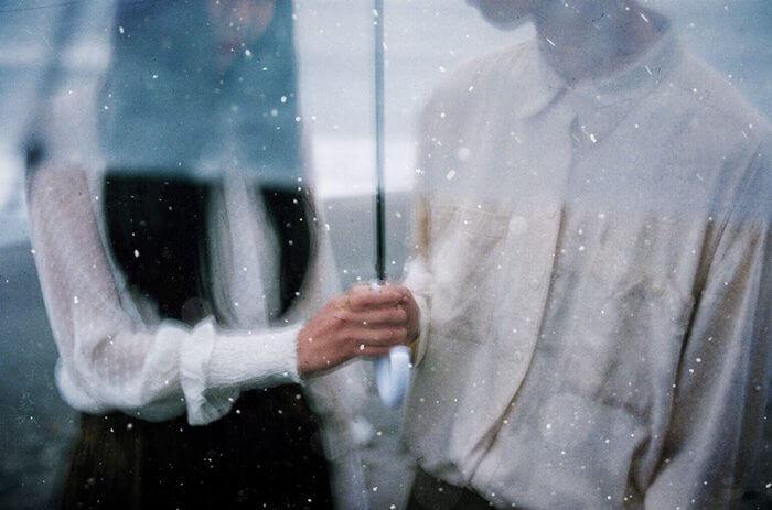 相合傘は絶好のチャンス!相合傘に誘う男性心理と、上手な距離の縮め方