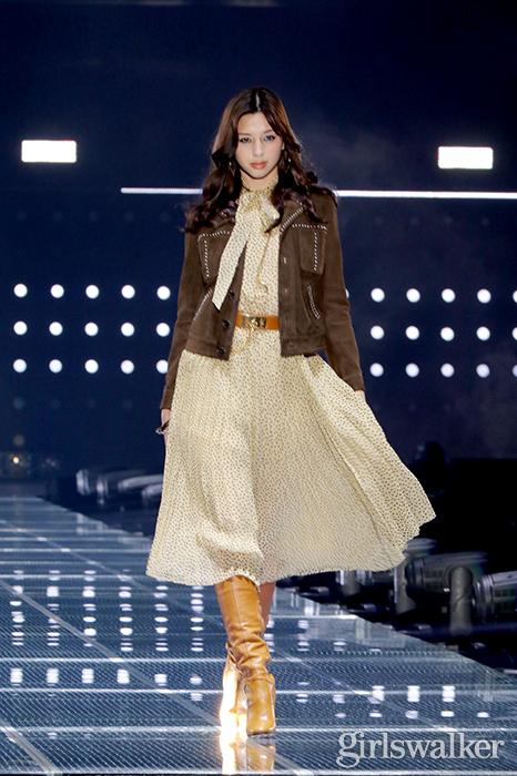 20200229_中条あやみ_02_かわいい_ファッションショー_おしゃれ_モデル