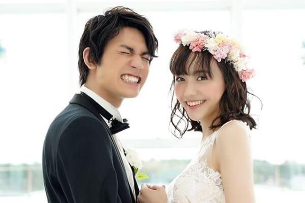 板垣瑞生&松井愛莉、幸せいっぱいのウェディングフォトに反響「2人とも可愛すぎ」《マリハニ》
