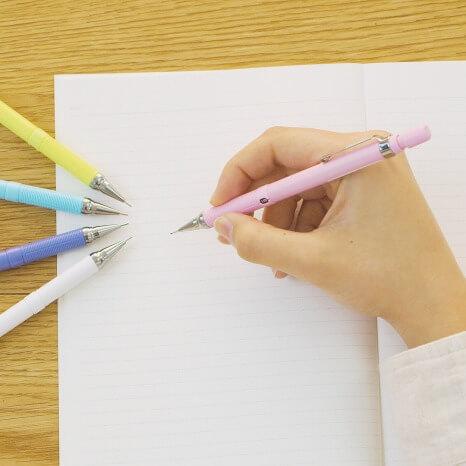 ロフトのペン覧会_ドラフィックス 海外版 330円(税込)