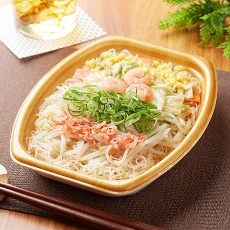 1/3日分の野菜が摂れる海老の焼ビーフン 399円(ファミリーマート通常価格・税抜)