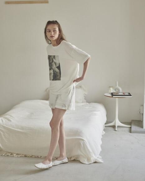 IzumiKotoka meets GELATO PIQUE_ベアワンポイントTシャツ、ベアモチーフショートパンツ 各4,620円(税込)