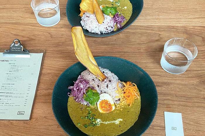 何度でも食べたい!東京都内の個性派カレー専門店5選